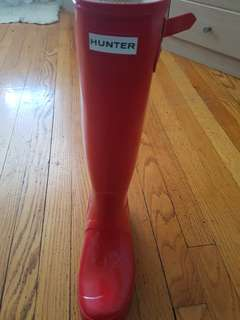 Brand new size 8 red Hunter boots