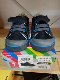 See Kai Run Toddler Shoes Size 7