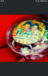 Singapore Traditional Souvenirs  Great As Souvenirs For Overseas Friends Tourists  Deluxe see-Through Glass Box SET OF 20 Nyonya Peranakan Batik Five Stones Batu Seremban.  Nostalgic and rustic , with a handmade