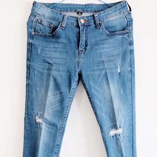 Ripped jeans ( Tidak Tembus )