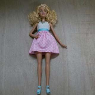 Fashionistas Barbie - Millie Headmold With Curly Hair