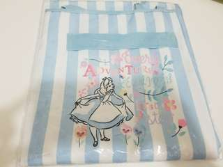 Alice午茶派對綁結野餐墊  (size:W68 x H58cm)