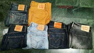 便宜賣Levis各式牛仔褲 上排:3034腰 下排:都32腰