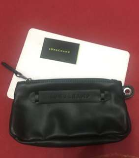 Longchamp pouch with flaw no Wrislet strap