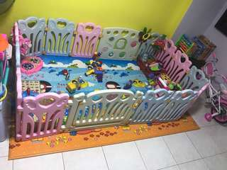 Play Yard and Crawling Mat for baby