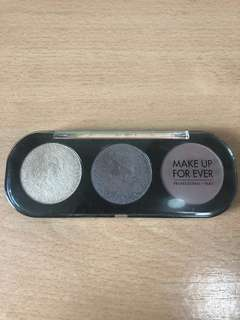 Make Up For Ever Artist Shadow (customised)