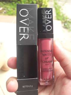 Make over intense matte shade 17
