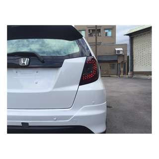 2010 fit 白