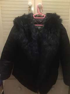 Initial fur jacket 90% new