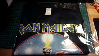 Iron maiden rock band shirt (L size)