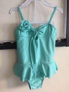 Onepiece swim suit