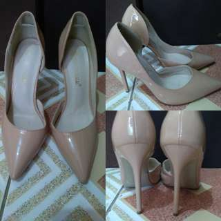 Cream/Light Brown Women Shoes
