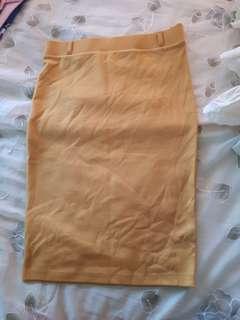 Pre loved pencil cut skirt