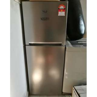 Fridge like new