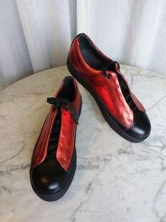 Issey Miyake Men's Metallic Red Shoes