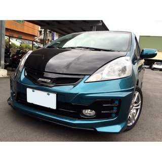 2011 fit 綠