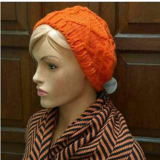 Topi kupluk Orange