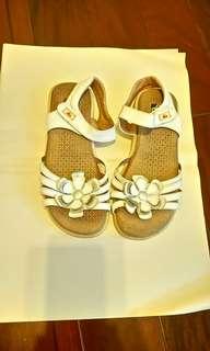阿瘦柔軟女童涼鞋