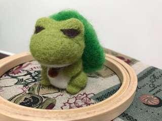 旅行青蛙羊毛氈擺設公仔