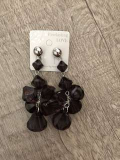 Korean style acrylic earrings in black