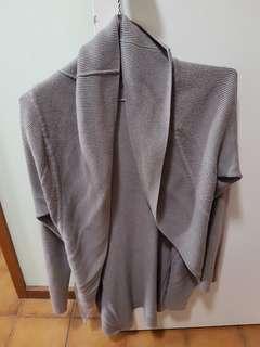 Grey cardigan small 8