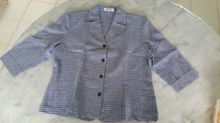 Antree checkered blue shirt top女衣
