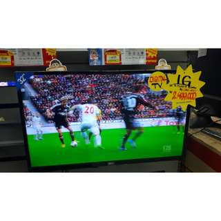 LED TV LG 32LJ500D (Promo Gratis 1x Angsuran)