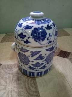 🚚 青瓷花罐