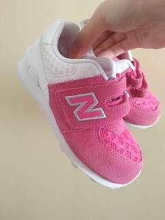 全新NB童鞋 15cm
