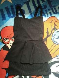 Dres hitam mini