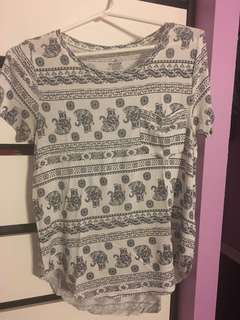 Patterned hollister shirt