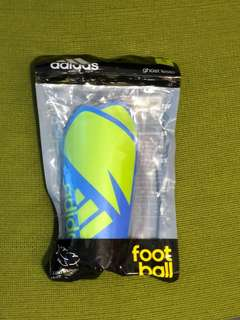 Adidas soccer accessories