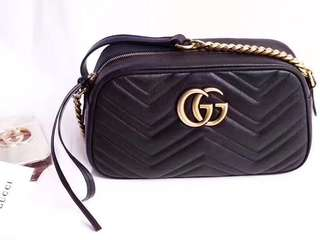 👍🏻BEST SELLING Gucci Chevron Leather GG Marmont Matelasse Camera Bag