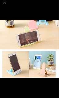 1107) 全新包郵 通用型手機支架便攜懶人手機座 創意可折疊床頭桌面手機架