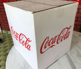 Coca-Cola limited edition mini fridge (Malaysia version)