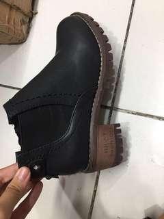 Sepatu boots kulit ori from china