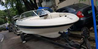 Mercury mer Cruiser Bayliner 2000 speedboat