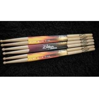 🚚 Zildjian 7A 胡桃木鼓棒