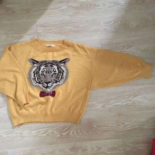 Dazzling yellow tiger sweater (japan 日牌)