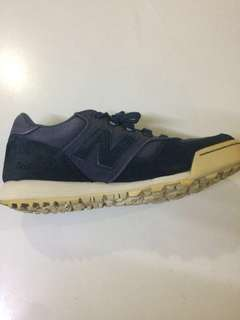 Pre loved New Balance 710