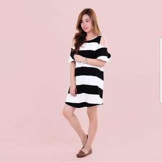 Big Stripe Cut-out Dress
