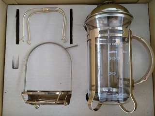 *Brand New* Gold Coffee / Tea Press with Accessories