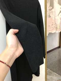 🚚 黑色長版衣