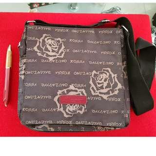 Brown Rose Print sling bag
