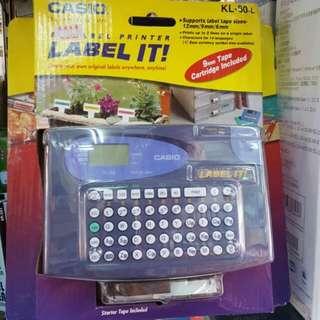 太子店 Casio KL60 英文標籤機 內置試用裝標籤帶 可批發 Label printer 全球熱賣