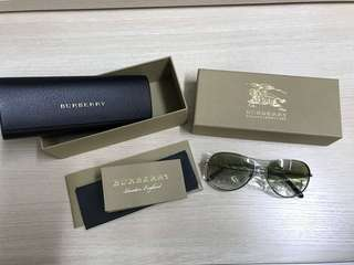 100% new & real Burberry Sunglasses (BE3082 silver)