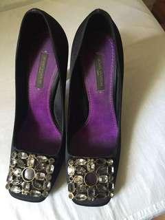 Louis Vuitton shoes (authentic)