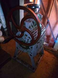 Ice crusher- manual