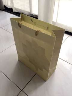 Prince court medical center( paper bag )12,10,4 inches