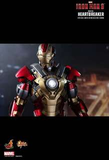 Brand New Hot Toys Iron Man 3 HeartBreaker